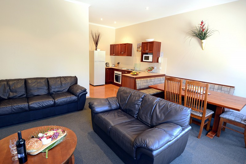 Two Bedroom Suite 4 Share