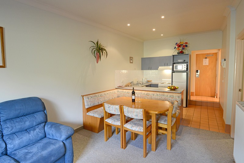 Two Bedroom Deluxe 4 Share