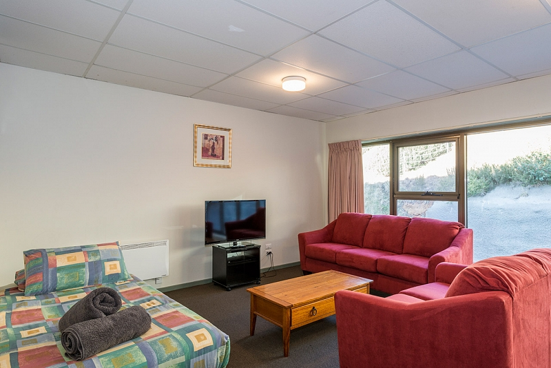 Two Bedroom Standard 6-8 Share