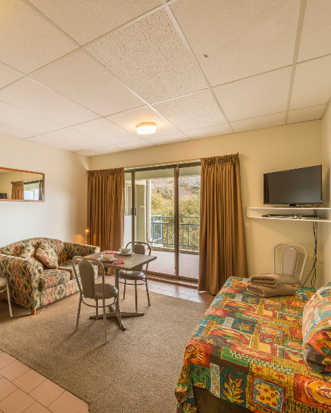 Studio Apartment Accommodation For Hire In Falls Creek